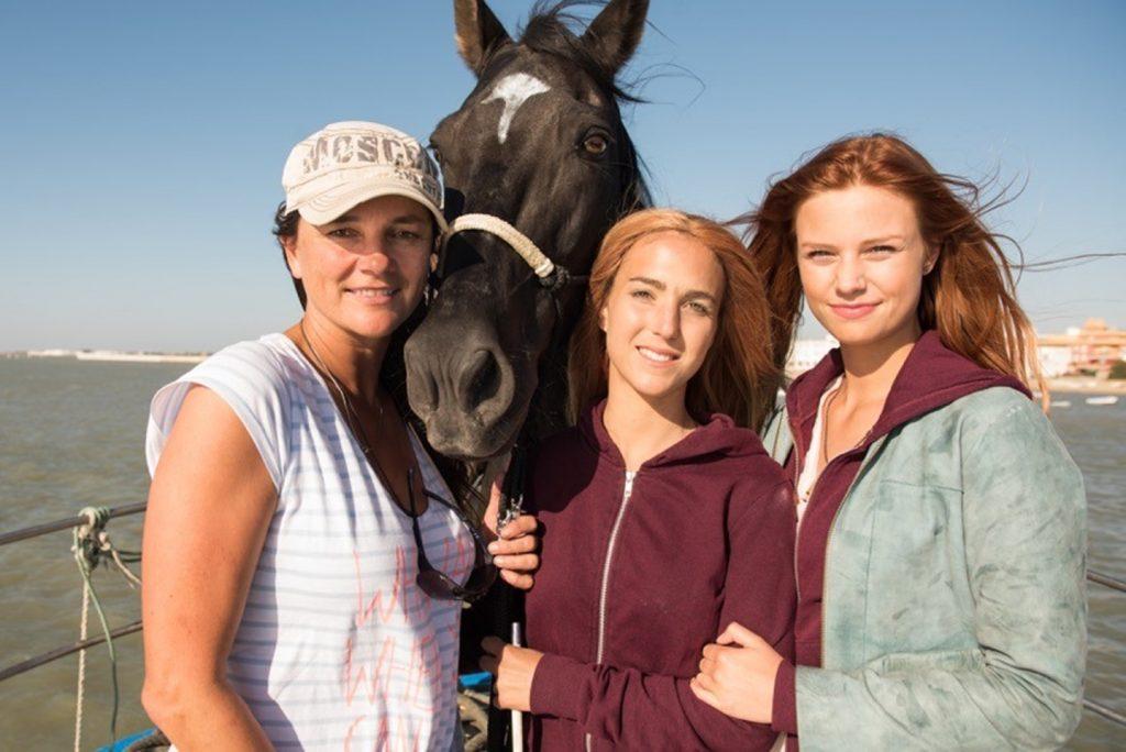 Regisseurin Katja von Garnier, Pferdetrainerin Kenzie Dysli und Hauptdarstellerin Hanna Binke und OSTWIND