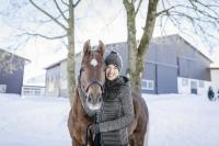 Warme Winterjacke und dazu passende Mütze Artikelnummer 16398 und 10536